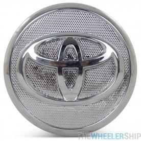 OE Genuine Toyota Pruis Silver/Chrome Center Cap with Chrome Logo wheel 69568 CAP8544