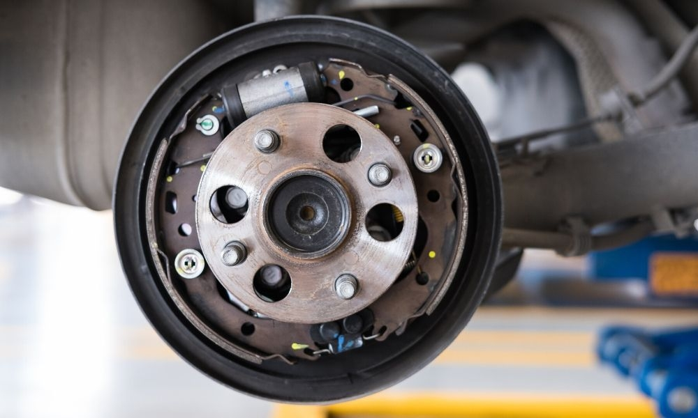 Diagnosing Wheel Hub and Bearing Damage